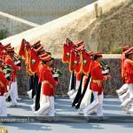 11. Оркестр военных волынщиков удаляется под аплодисменты гостей