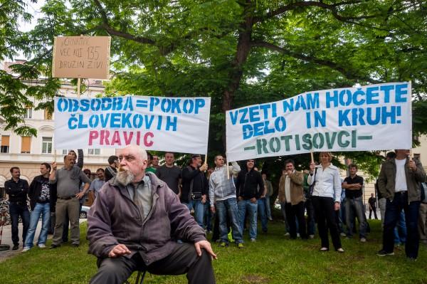 Сотрудники Rotis, словенской дочки Patria, пикетируют суд | Peter Mlekuž