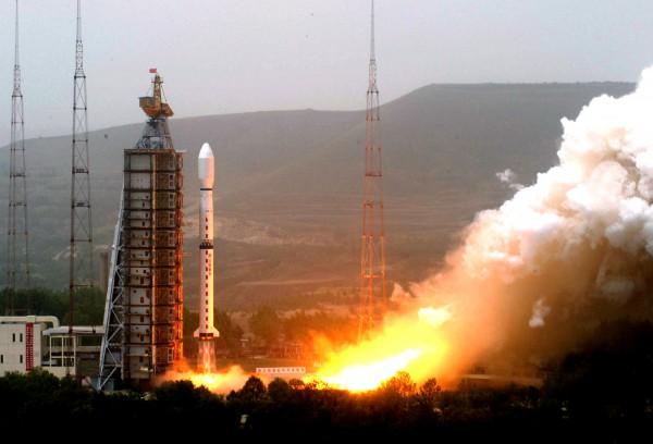 Стар ракеты CZ-4 | china.org.cn