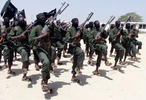 "Бойцы группировки ""Аш-Шабаб"", Сомали | AP PHOTO/FARAH ABDI WARSAMEH"