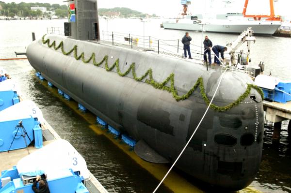 Подводная лодка Тип 209 ВМС ЮАР на верфи в Киле | abendblatt.de