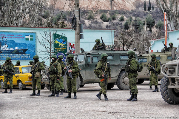 Севастополь, март 2014 года (с) Артем Трофимов / asaratov.livejournal.com